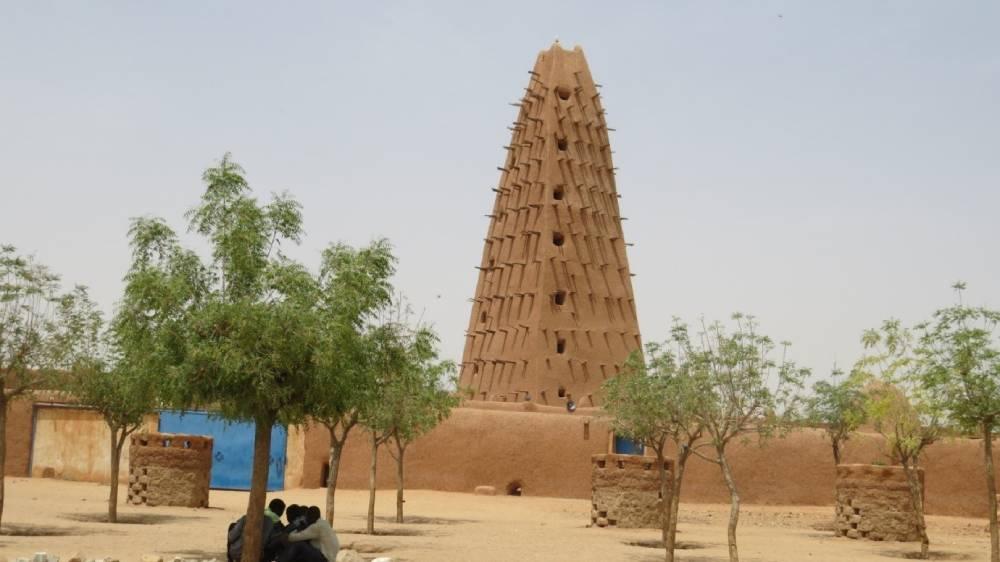 agadez-camii-nijer-tuareg